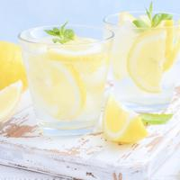 lemon-sparkling-water