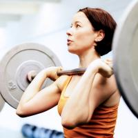 woman-weightlifting