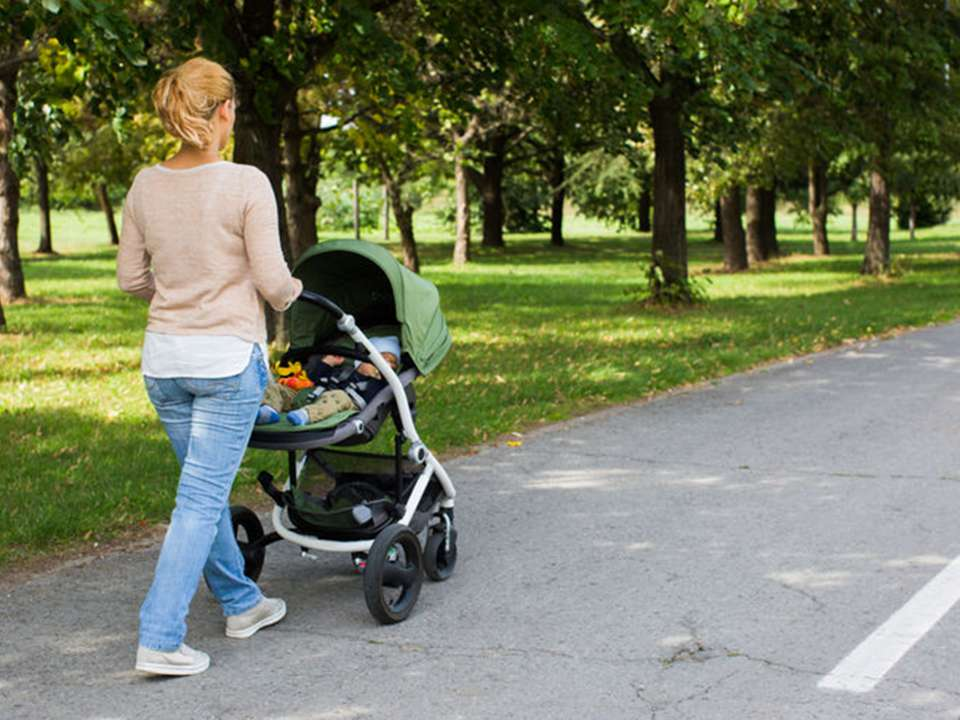 Mom-walking-with-stroller